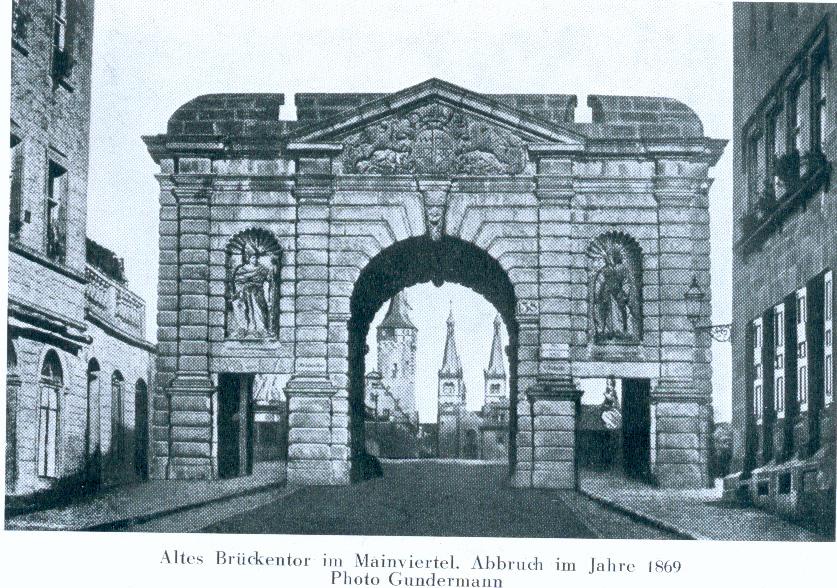 Brückentor, Alte Mainbrücke